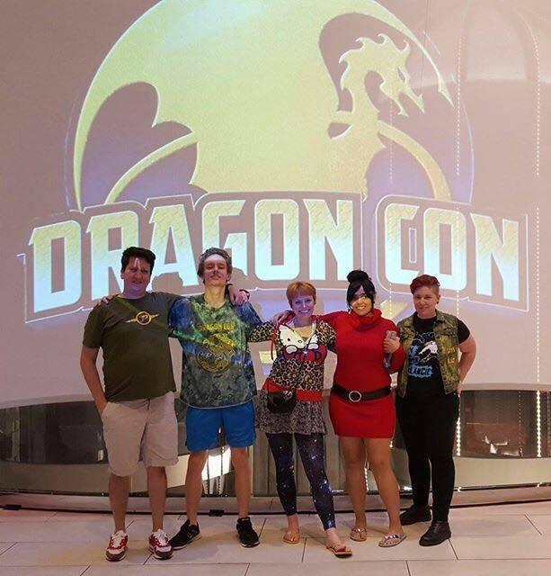 Vyrian, Thian, Vynni, Lissan, and Ell at Dragon Con 2015